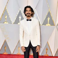 Dev Patel at the red carpet of the Oscars 2017