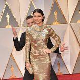 Justin Timberlake hace el tonto con Jessica Biel en los Oscar 2017