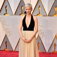 Michelle Williams at the 2017 Oscars red carpet