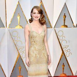 Emma Stone en la alfombra roja de los Premios Oscar 2017