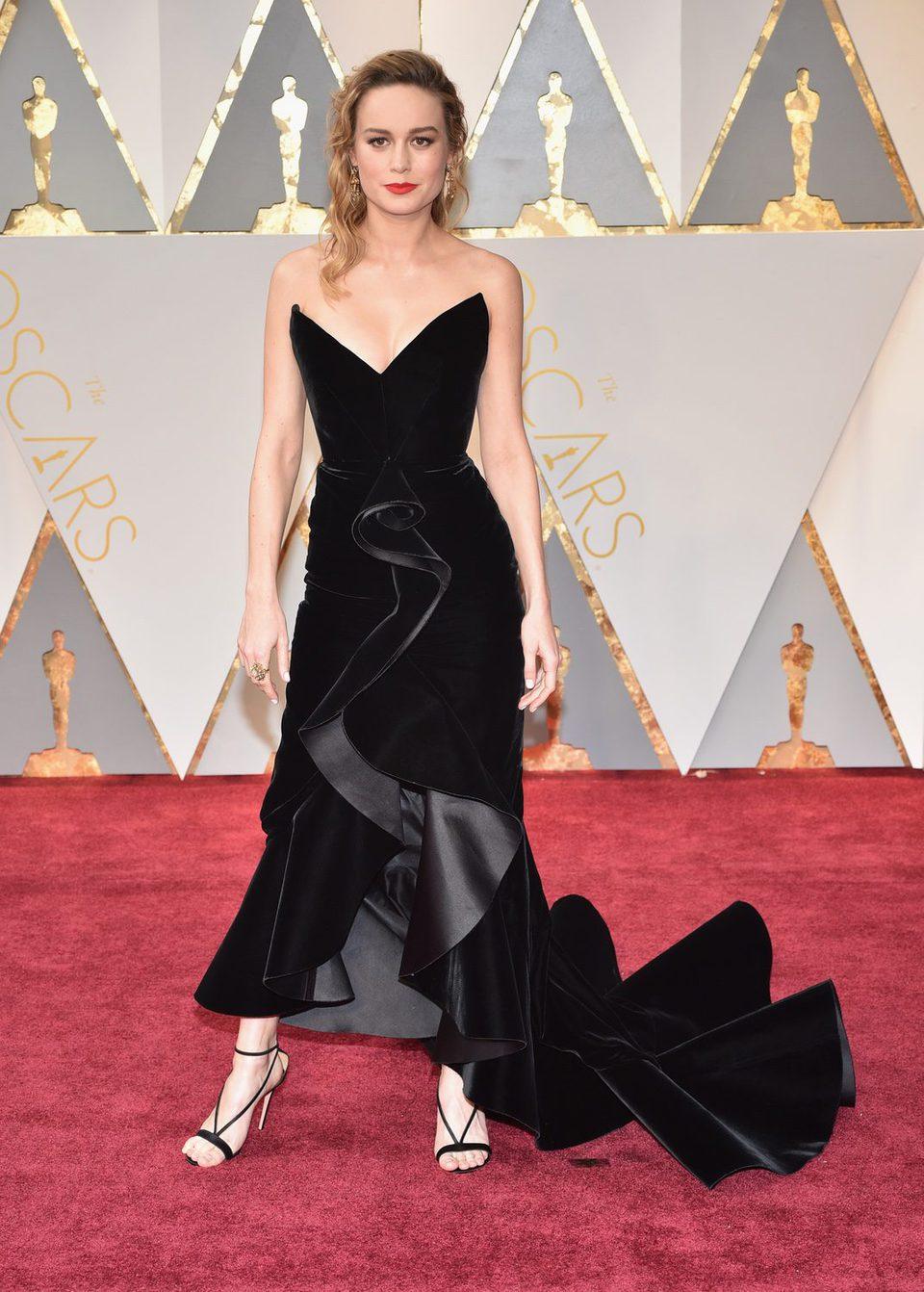 Brie Larson en la alfombra roja de los Premios Oscar 2017