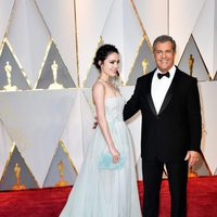 Mel Gibson and Rosalind Ross at the Oscars 2017 red carpet