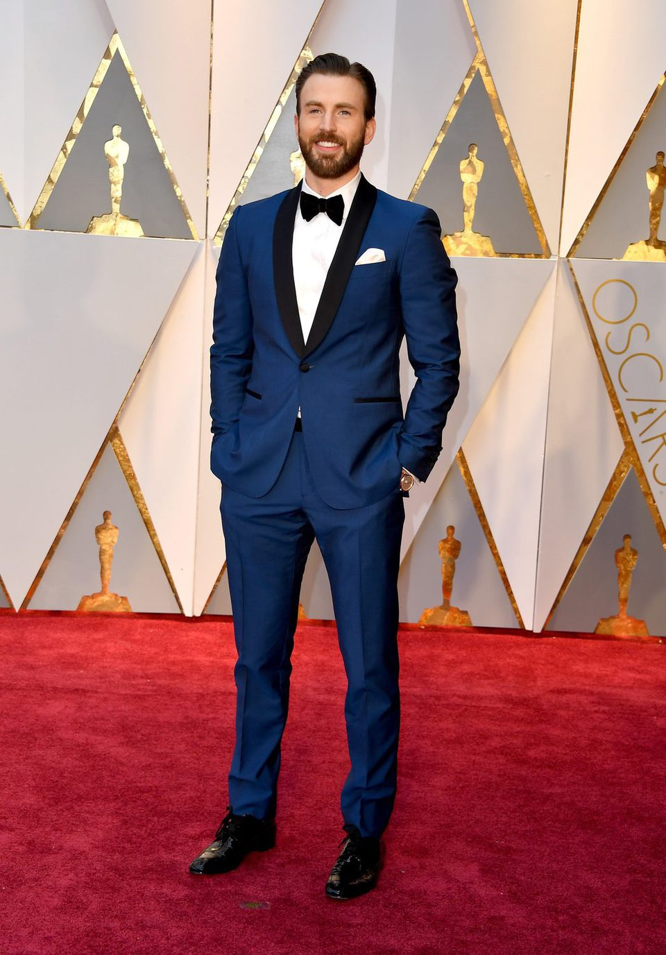 Chris Evans at the red carpet of the Oscars 2017