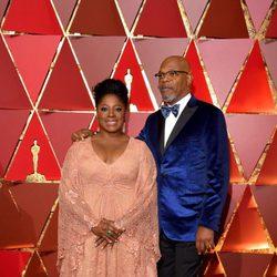 Samuel L. Jackson y LaTanya Richardson en la alfombra roja de los Premios Oscar 2017