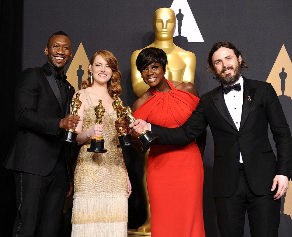 Mahershala Ali, Emma Stone, Viola Davis y Casey Affleck, ganadores de los Oscar 2017