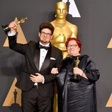 Kristof Deak y Anna Udvardy, ganadores del Oscar a Mejor Cortometraje por 'Sing'