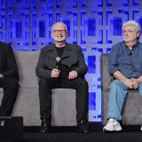 Hayden Christensen, Ian McDiarmid y George Lucas en la Star Wars Celebration