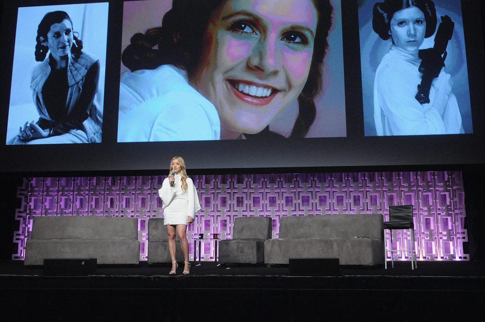 Billie Lourd durante el tributo a Carrie Fisher en la Star Wars Celebration