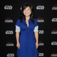 Kelly Marie Tran antes del panel de 'Los últimos Jedi' en la Star Wars Celebration