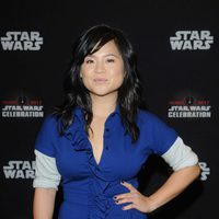 Kelly Marie Tran posa antes del panel de 'Los últimos Jedi' en la Star Wars Celebration