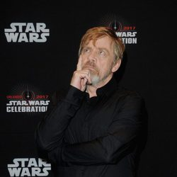 Mark Hamill antes del panel de 'Los últimos Jedi' en la Star Wars Celebration