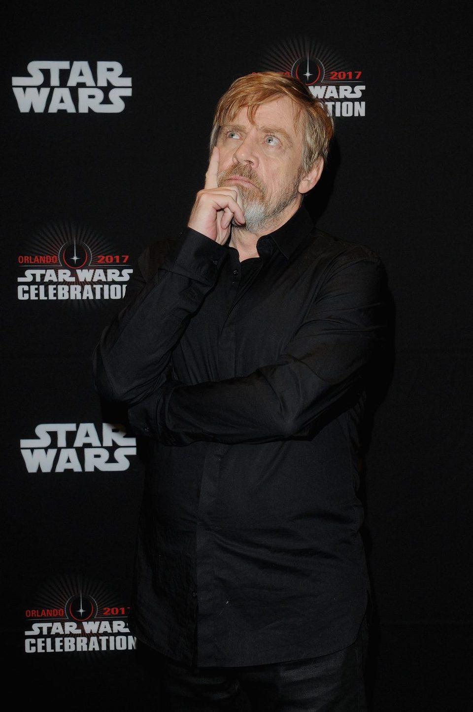 Mark Hamill antes del panel de 'Los últimos Jedi' en la Star Wars Celebration