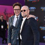 James Gunn y Michael Rooker en la premiere mundial de 'Guardianes de la galaxia Vol. 2'
