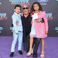 Vin Diesel con sus hijos en la premiere mundial de 'Guardianes de la galaxia Vol. 2'