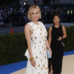 Diane Kruger en la alfombra roja de la Gala Met 2017