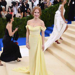 Jessica Chastain en la alfombra roja de la Gala Met 2017