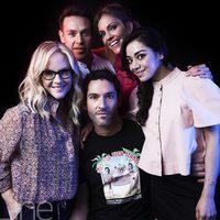 El reparto de 'Lucifer' posa para la Comic-Con