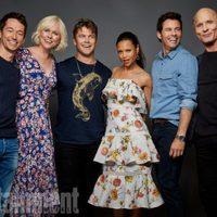 El reparto de 'Westworld' posa durante la Comic-Con 2017