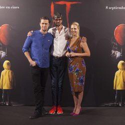 Andy Muschietti, Barbara Muschietti y Javier Botet en la presentación de ?It? en Madrid