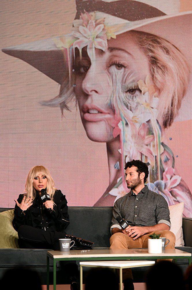 Gaga: Five Foot Two, fotograma 10 de 12