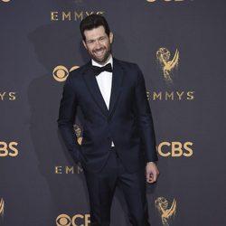 Billy Eichner en la alfombra roja de los premios Emmy 2017