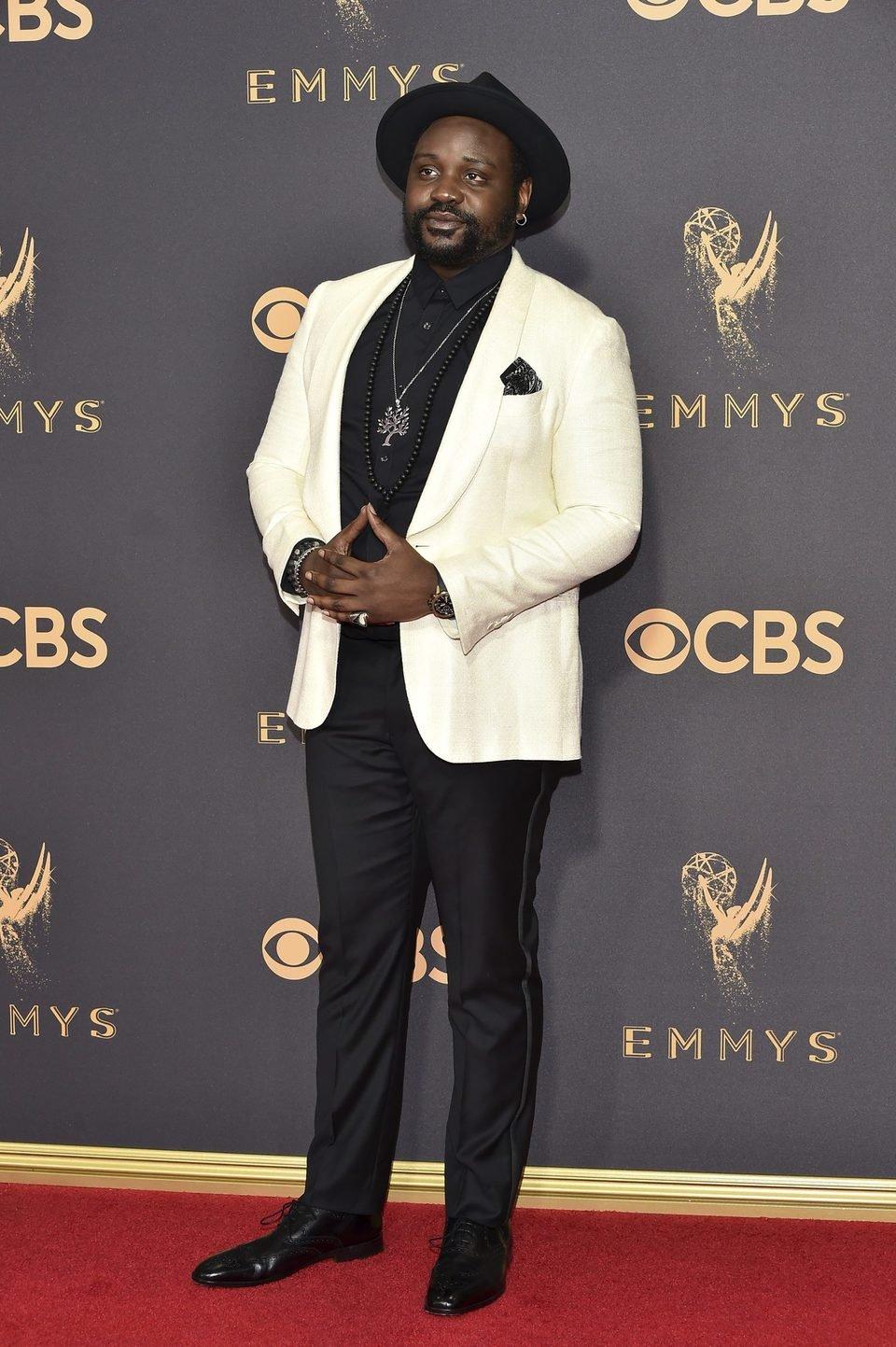 Brian Tyree Henry en la alfombra roja de los premios Emmy 2017