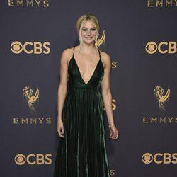 Shailene Woodley en la alfombra roja de los Emmy 2017