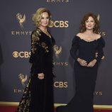 Jessica Lange y Susan Sarandon en la alfombra roja de los Emmy 2017
