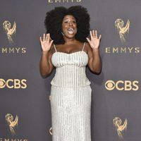 Uzo Aduba en la alfombra roja de los Emmy 2017