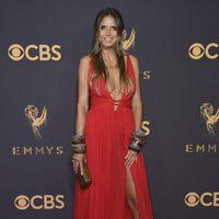 Heidi Klum en la alfombra roja e los Emmy 2017
