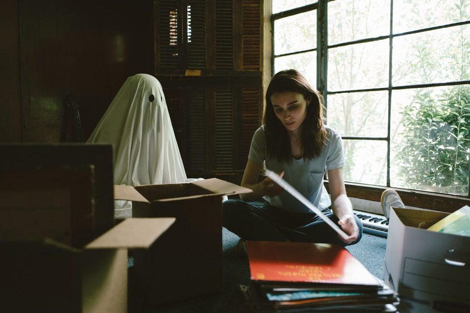 A Ghost Story, fotograma 20 de 20