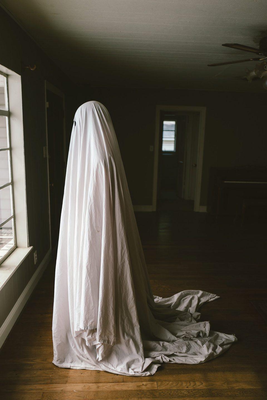 A Ghost Story, fotograma 18 de 20