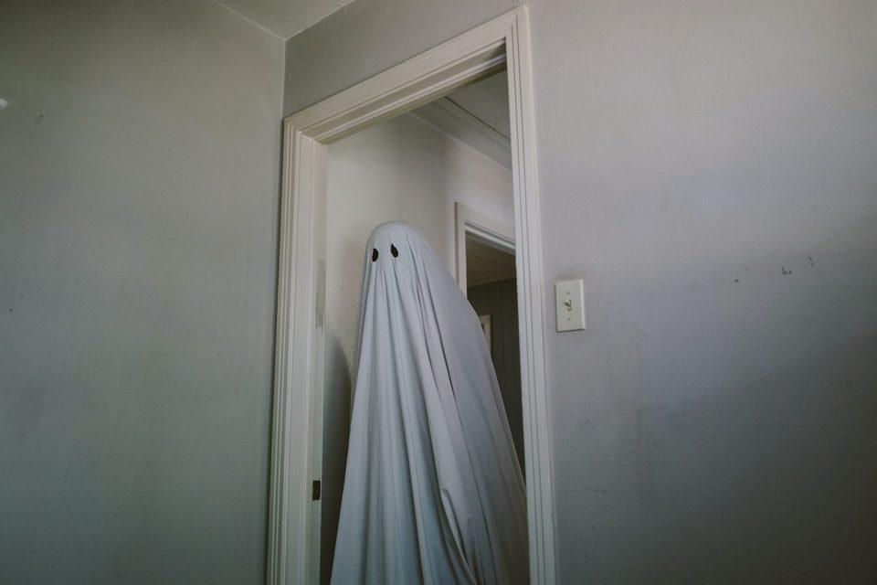 A Ghost Story, fotograma 10 de 20