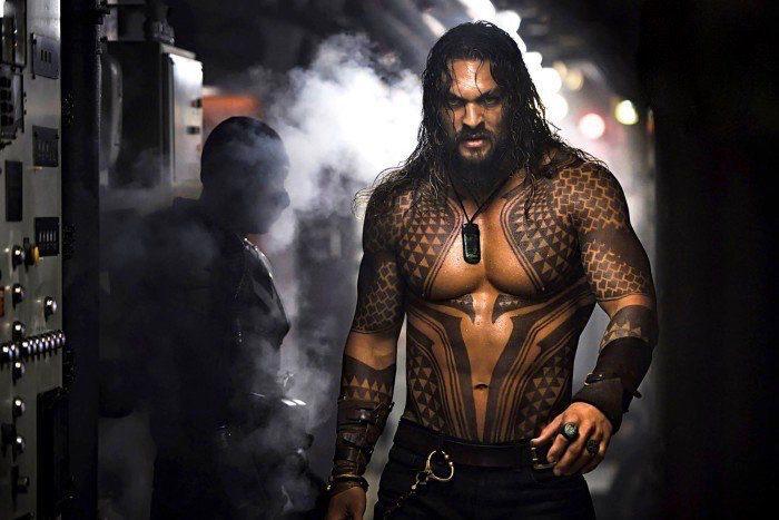 Aquaman, fotograma 1 de 13