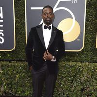 Sterling K. Brown at the Golden Globes 2018 red carpet