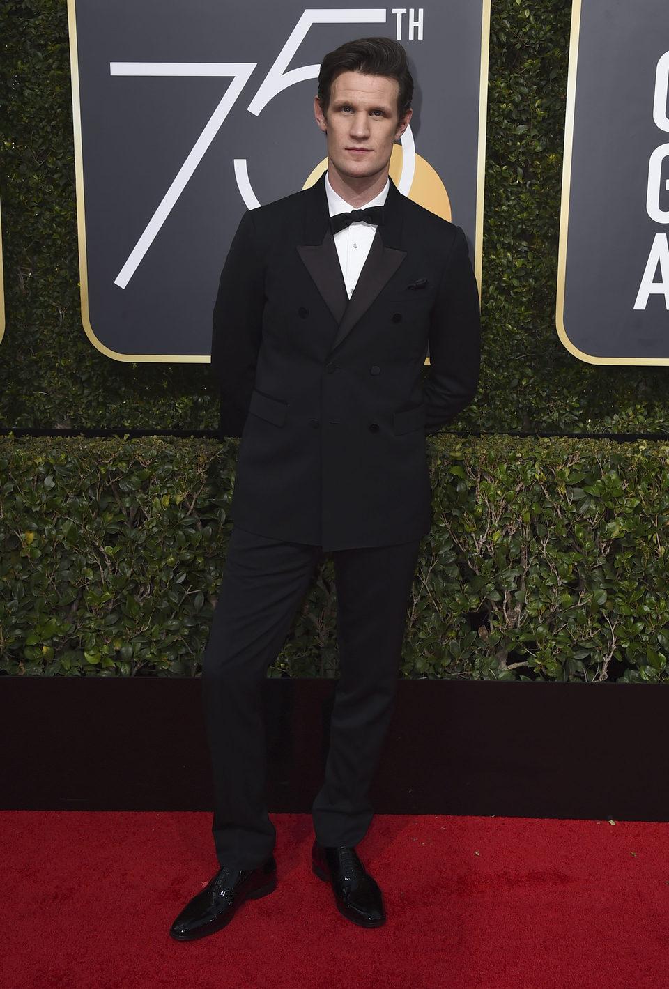 Matt Smith en la alfombra roja de los Globos de Oro 2018
