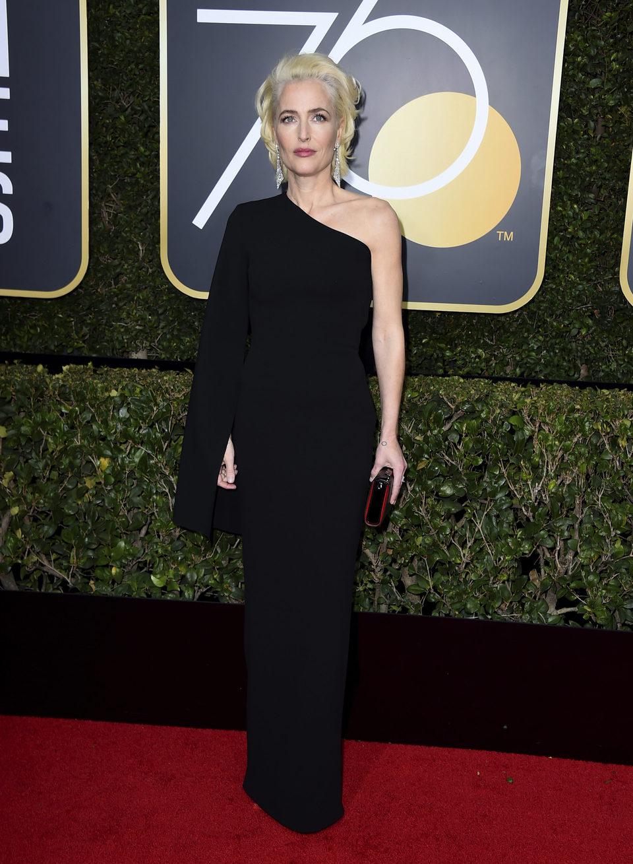 Gillian Anderson en la alfombra roja de los Globos de Oro 2018