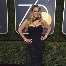 Mariah Carey en la alfombra roja de los Globos de Oro de 2018