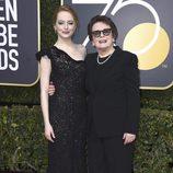 Emma Stone y Billie Jean King en la alfombra roja de los Globos de Oro 2018