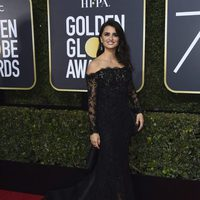 Penelope Cruz at the red carpet of the Golden Globes 2018