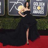 Kendal Jenner en la alfombra roja de los Globos de Oro 2018