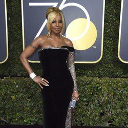 Mary J. Blige en la alfombra roja de los Globos de Oro 2018