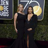 Reese Witherspoon y Eva Longoria en la alfombra roja de los Globos de Oro 2018
