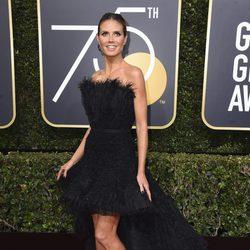 Heidi Klum en la alfombra roja de los Globos de Oro 2018