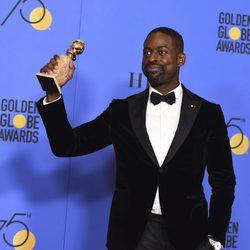 Sterling K. Brown gana el Globo de Oro 2018 como Mejor Actor de TV -Drama