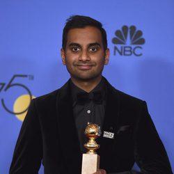 Aziz Ansari gana el Globo de Oro 2018 Como Mejor Actor Tv - Comedia o Musical