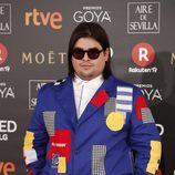 Brais Efe, protagonista de'Paquita Salas', llega a la alfombra de los Premios Goya 2018