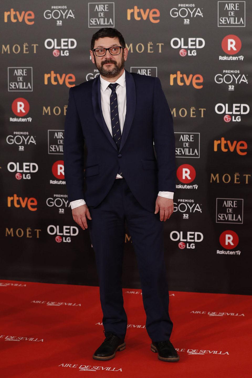 Manolo Solo en alfombra roja de los Goya 2018