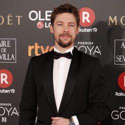 Jan Cornet en la alfombra roja de los Premios Goya 2018