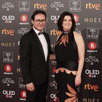 Carlos Santos y Laia Marull en la alfombra roja de los Premios Goya 2018